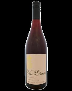 Vina Edmara Valle Central Pinot Noir 2018
